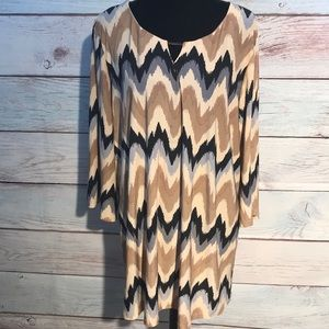 Tops - Long zig zag print tunic top.  Bell sleeve